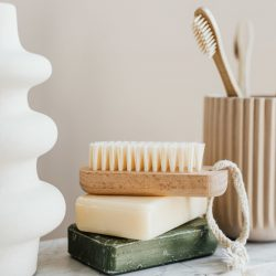 set-of-natural-reusable-cosmetic-products-4202924